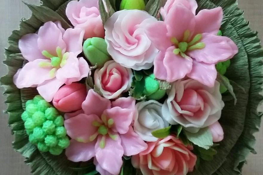 Ваши произведения! Очень красивые цветы и букеты!!!