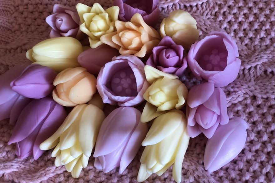 В продаже тройники тюльпанов