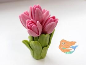 Форма букет шикарных тюльпанов